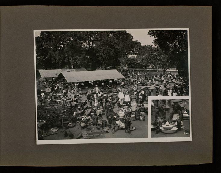 Ouidah (Dahomey), le marché, dans l'angle jeune et vieille marchande de sel