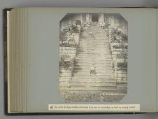 46 Un autre des douze escaliers