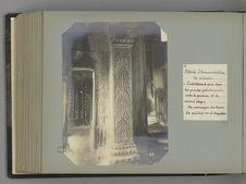 56 Détails d'ornementation des pilastres