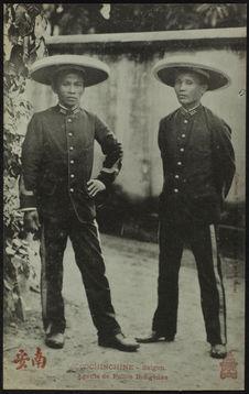 Agents de police indigènes