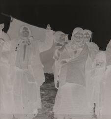 Femmes Tsiganes dansant
