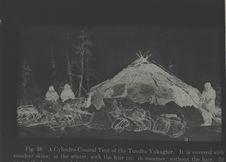 Tente cylindro-conique des Youkaghir de la Toundra