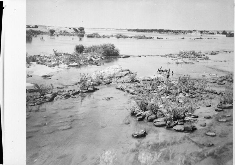 Pêcheurs indigènes sur le Niger