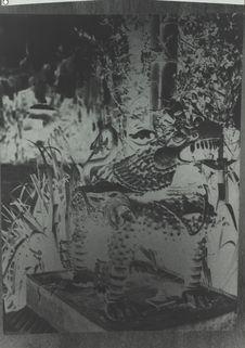 Lion en bronze, gardien du monastère