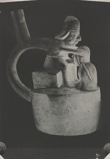 Vase. Scène de fellation