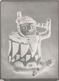 Vase anthropomorphe en terre cuite
