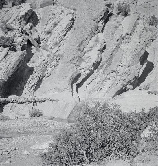 Barrage en partie naturel et ségia