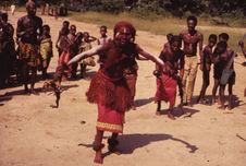 Sans titre [femme dansant le bobongo]