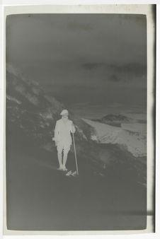 Montée du Puy de Dôme [Gabriel Monod-Herzen en équipement de ski]