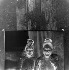 Sans titre [portrait de deux femmes]