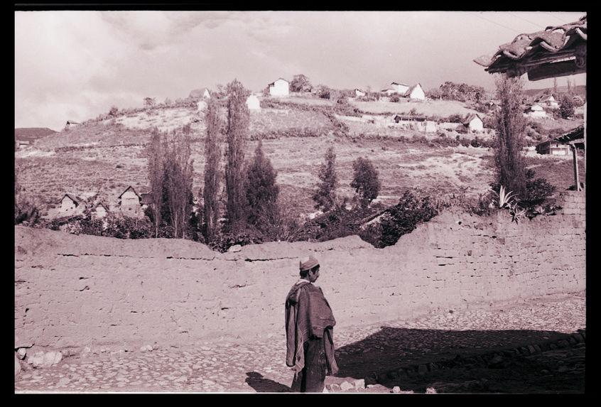 Bande film de 6 vues concernant Lamud et environs