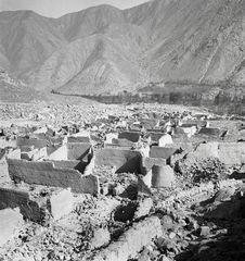 Bande-film de 3 vues concernant la vallée de Lurin. Rio Seco, en amont de...