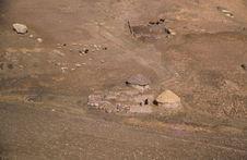Vallée de Santa, vers Casma. Cordillère Negra. Au-dessu de Huaraz. Maisons...