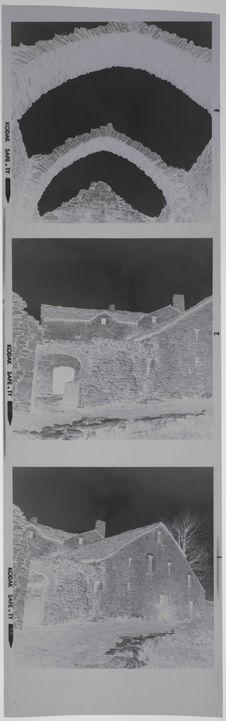 Bande film de 3 vues concernant des bâtiments de pierre