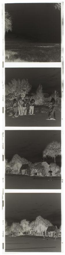 Bande film de quatre vues concernant des vues de village, portraits et un...