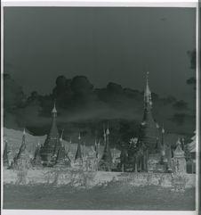 Sans titre [stupas]