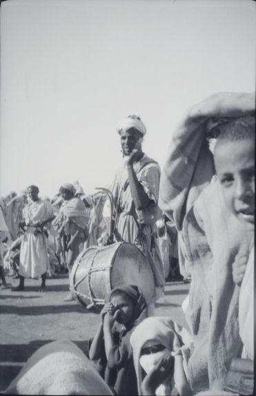 G nègre joueur de tambourin [sic]