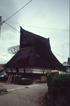 Berastagi ; Batak Karo [construction]