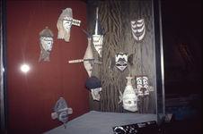 Vue de la salle Océanie du Museum für Völkerkunde de Berlin : Masques [Nissan] /...