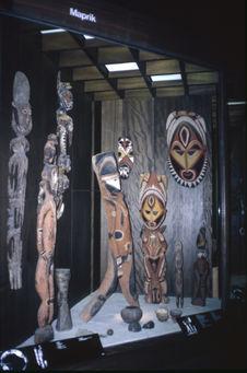 Objets Abelam de Nouvelle-Guinée