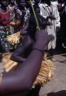 """Sans titre [danse des initiés lors du """"bana""""]"""