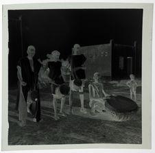 Orchestre dans un village de lépreux