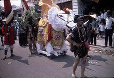 Procession annuelle des sectes religieuses