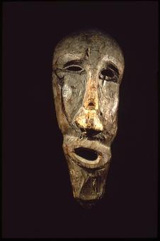 Masque en bois de flottage