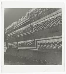 Le temple : détail des sculptures [Mitla : palais des colonnes]