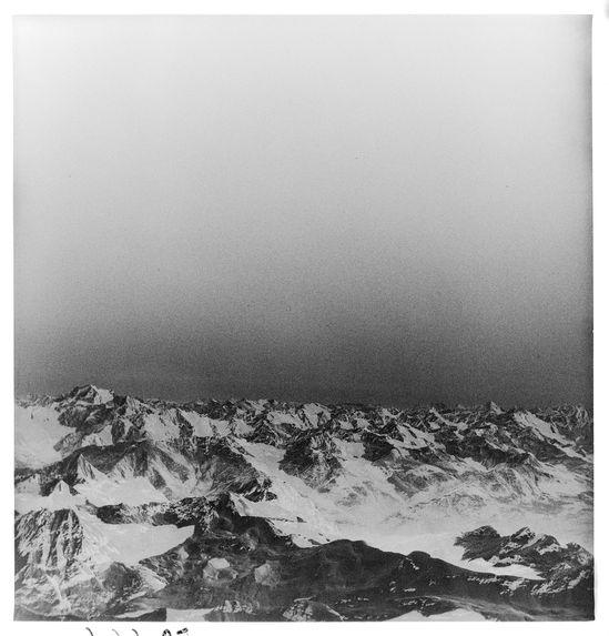 Sans titre [montagnes enneigées]
