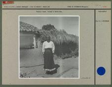 "Vieille femme ""Otomi"" à Santa Ana."