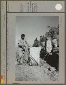 Charge de 60 kgs de papier népalais