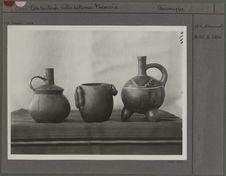 Trois Vases de Cajamarguilla