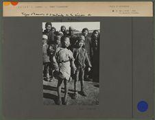 Types d'hommes et d'enfants de la région de Liang Tcheou