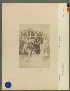 Intérieur d'un gourbi Comali