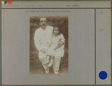 Juif allemand avec sa petite fille de mère malaise