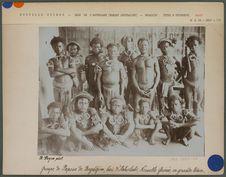 Groupe de Papous de Bogadjim