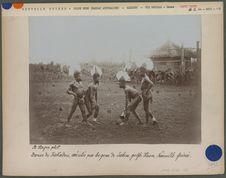 Danse de Kakadou par les gens de Yabim