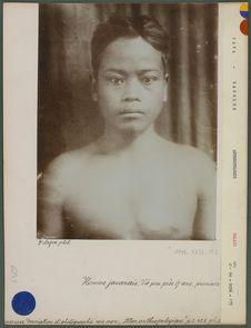 Homme javanais d'à peu près 17 ans