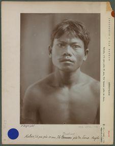 Malais, d'à peu près 25 ans,île Bawean
