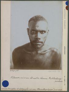 Melanésien 30 à 35 ans