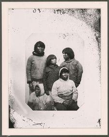Sans titre [groupe d'Eskimo du district de Godthaab]