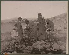 Femmes Danakil au puits