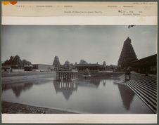 Bassin et Gopuram du grand Temple