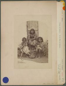 Groupe de Paniyan, de la côte de Malabar
