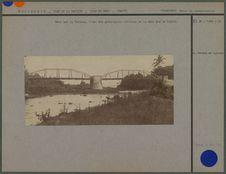 Pont sur la Taharuu