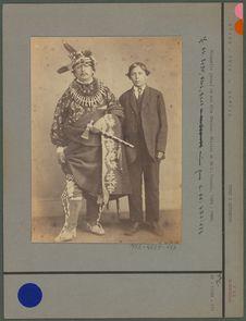 Kiokuk (le jeune) et son fils Charles