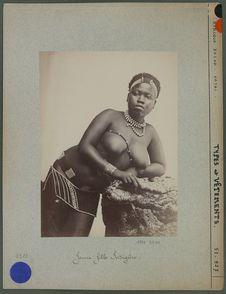 Jeune fille indigène