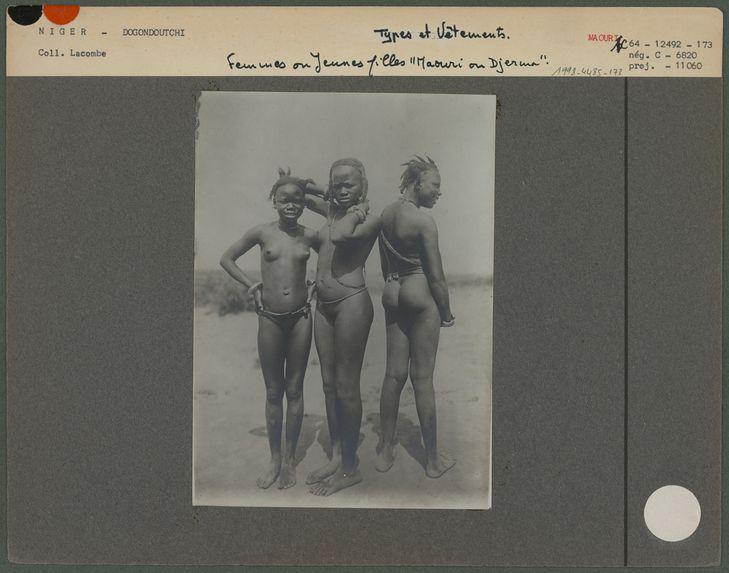 Femmes ou jeunes filles Maouri ou Djerma