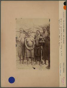 Groupe de femmes Pahouines